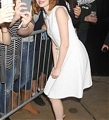 Emma Stone Arrives at Good Morning America - October 15th