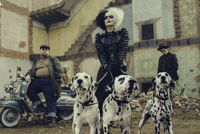 First look as Emma Stone in Cruella de Vil
