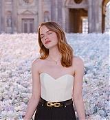 Coeur_Battant_Fragrance_for_Louis_Vuitton_2019_Photoshoots_28229.jpg