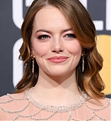 Emma_Stone_-_Attends_the_76th_Annual_Golden_Globe_Awards_in_Beverly_Hills_28January_62C_201929-13.jpg