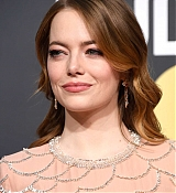 Emma_Stone_-_Attends_the_76th_Annual_Golden_Globe_Awards_in_Beverly_Hills_28January_62C_201929-16.jpg