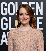 Emma_Stone_-_Attends_the_76th_Annual_Golden_Globe_Awards_in_Beverly_Hills_28January_62C_201929-24.jpg