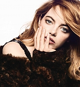 Emma_Stone_-_Elle_US_September_201800003.jpg