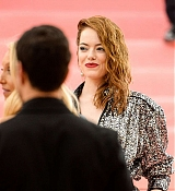 Emma_Stone_-_The_2019_Met_Gala_Celebrating_Camp_Notes_on_Fashion_-_May_6-21.jpg