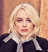 Emma_Stone_-_The_Hollywood_Reporter_photoshoot_2017-01.jpg