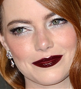 Emma_Stone_-_The_UK_Premiere_of__The_Favourite____American_Express_Gala_in_London2C_UK_October_182C_2018-35.jpg