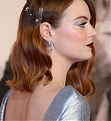 Emma_Stone_-_The_UK_Premiere_of__The_Favourite____American_Express_Gala_in_London2C_UK_October_182C_2018-44.jpg