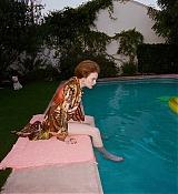 Emma_Stone_-_W_Magazine_28201929-03.jpg