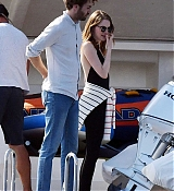 Emma_Stone_-_and_boyfriend_Dave_McCary_enjoy_their_romantic_holiday_in_Capri2C_Italy__09122019-02.jpg