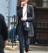 Out_on_a_stroll_in_New_York_City_-_June_2600003.jpg